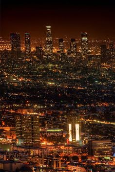 Looking down on #LA from the top of #RunyonCanyon. from #treyratcliff at http://www.StuckInCustoms.com - all images Creative Commons Noncommercial