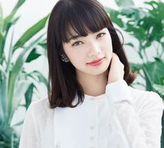 Nana Komatsu, Container Herb Garden, Garden Works, Succulents In Containers, Japanese Models, Japanese Beauty, Beautiful Gardens, Hair Cuts