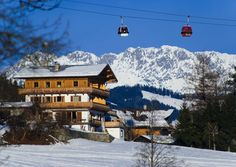 """FIS Men's Alpine Skiing World Cup: Kitzbühel. FIS Men's Alpine Skiing World Cup: Kitzbühel. """"Kitzbuhel"""" Weekend Deals, Austria, Travel Guide, Mount Everest, Places To Go, Mountains, Nature, Outdoor, Outdoors"""