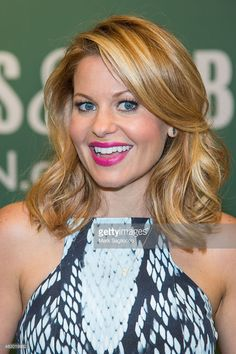 Author/Actress Candace Cameron-Bure promotes her new book 'Dancing Through Life' at Barnes & Noble, 5th Avenue on August 5, 2015 in New York City.