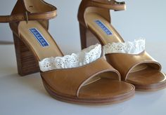 Use velcro to add ruffles to you old boring shoes