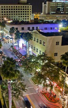 Evening on Clematis Street (West Palm Beach, Florida)