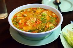 Scharfe Garnelensuppe :: Thailändische Küche für Zuhause