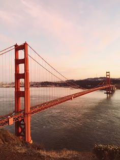 Want to know where the best views of the Golden Gate Bridge are? Here are 14 of the most epic Golden Gate Bridge photo spots that you need to check out! San Francisco Bridge, Places In San Francisco, San Francisco California, Ponte Golden Gate, Golden Gate Bridge, A Bridge, City Aesthetic, Travel Aesthetic, Photo Usa