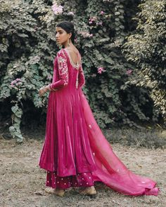 Lehenga Choli With Price, Anarkali Dress, Anarkali Suits, Punjabi Suits, Simple Indian Suits, Choli Designs, Kurti Designs Party Wear, Bridal Outfits, Indian Designer Wear