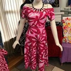 Ethnic Fashion, African Fashion, Polynesian Dresses, Samoan Dress, Latest Dress Design, Island Wear, Polynesian Designs, Island Design, Dress Designs