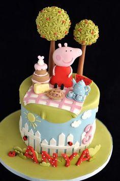 Peppa Pig Cake Ideas : Picnic Cake