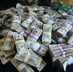I have unlimited amounts of money flowing to be daily! I have unlimited amounts of money in my bank accounts! I have unlimited amounts of money in my purse! I am a money magnet, money loves me! Thank you Universe...☺