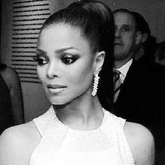 Beautiful Photo Of Janet Jackson Janet Jackson, Michael Jackson, Lisa Marie Presley, Paris Jackson, Beautiful Black Women, Beautiful People, Elvis Presley, Vaquera Sexy, Jackson Family