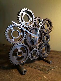 Hand crafted hot rod desk or mantle clock by HotRodArtomotive