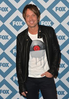 Keith Urban - Arrivals at the Fox All-Star Party — American Idol. (Photo courtesy  of Zimbio)