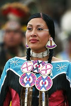 [EXed Four Directions as Chaos stars? Native American Teepee, Native American Regalia, Native American Quotes, Native American Women, Native American Beadwork, Native American History, American Pride, American Art, Native Beadwork