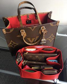 Valija Louis Vuitton, Vuitton Bag, Louis Vuitton Handbags, Vuitton Neverfull, Dior Handbags, Fashion Handbags, Purses And Handbags, Fashion Bags, Gucci Fashion