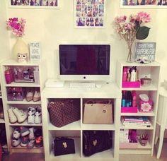 40 Easy Ways to Organize Your Closet
