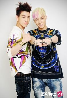 JJ Project #jjproject @sarahorsatti before they were in Got7, JB and Junior were in a band together called JJ Project