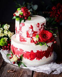 Svadobna.  cervenobiele kombo ziskava coraz vacsiu oblubu. Co poviete?   #coolinari #foodblog #foodphotography #cake #dort #torta #torte #weddingcake #painting #paintedcake #cakedecorating #cakedesign #cakedecorator #food #foodie #foodlover #foodblogger #simply #delicious Mini Cheesecakes, Tart, Desserts, Blog, Recipes, Painting, Dulce De Leche, Tailgate Desserts, Cake