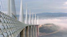 VERDENS HØYESTE: Millau Viaduct i Frankrike er verdens høyeste bru. Foto: AP Photo/Christophe Ena