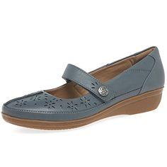 Clarks Everlay Bai Womens Casual Shoes 7.5 D (M) UK/ 10 B... https://www.amazon.com/dp/B01MTQWW6J/ref=cm_sw_r_pi_dp_x_IZI9yb2W7G2A1