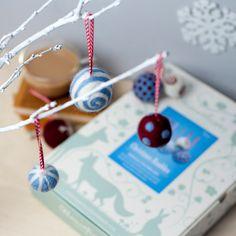 Christmas Baubles Needle Felting Kit (Berry, Blue & White). Craft Kit. Felt Bauble. Felting Starter Kit. How to Needle Felt.