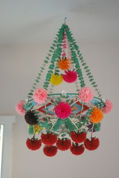 Try making a Pajaki-paper chandelier- in celebration of a Polish Christmas Polish Christmas, Christmas Diy, Christmas Decorations, Christmas Ornaments, Holiday Decor, Mobiles, Paper Art, Paper Crafts, Diy Crafts