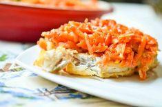 Uwielbiam rybę po grecku!:) Jest tak smaczna, tak soczysta, i te warzywa! Gdy przychodzą Święta Bożego Narodzenia nie jadam dużo, trzymam się paru ulubionych z dzieciństwa smaków i tyle:) Co do nich należy? Przede wszystkim dzisiejszy przepis… Ryba po grecku!:) Chociaż generalnie rzecz ujmując to nic z Grecją wspólnego ona nie ma 😉 Składniki na...Read More