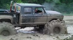 jacked up Chevy  truck | Jacked Up Chevy Trucks Mudding