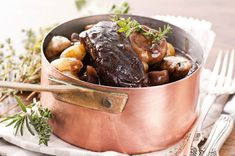 Beef Bourguignon Recipe with Red Wine Pairing Tips Thyme Recipes, Herb Recipes, Seafood Recipes, Beef Bourguignonne, Food Network Recipes, Dog Food Recipes, Mets Vins, Whipped Potatoes, Recipes
