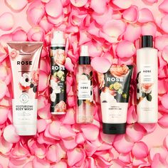 We're all about Rose, everything 💕 Complete your Rose self-care routine with NEW must-haves: 🌹 Moisturizing Body Wash 🌹 Mousse-to-Oil 🌹 Illuminating Fragrance Mist 🌹 Body Polish 🌹 Bath Milk Bath N Body Works, Bath And Body Works Perfume, Freebies By Mail, Hermes Perfume, Cosmetic Design, Bath Soap, Body Mist, Perfume Oils, Body Spray