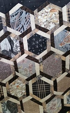 Quilt Pattern & Template - Marti Michell - Interlocking Hexagons - Ode to Asia - Quilt Pattern – Marti Michell – Ode to Asia - Hexagon Quilt Pattern, Hexagon Patchwork, Quilt Block Patterns, Quilt Blocks, Sewing Patterns, 3d Quilts, Scrappy Quilts, Mens Quilts, Patchwork Quilting