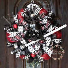 Darth Vader Star Wars Christmas Wreath by VirgiesTreasures on Etsy Star Wars Christmas Decorations, Star Wars Christmas Tree, A Christmas Story, Winter Christmas, Christmas Themes, Christmas Crafts, Christmas Kingdom, Homemade Christmas, Family Christmas