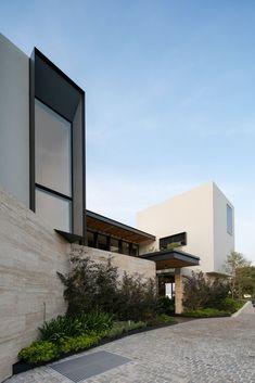 VANO SOBRESALIENTE / Galería de Casa Chaza / AE Arquitectos - 13
