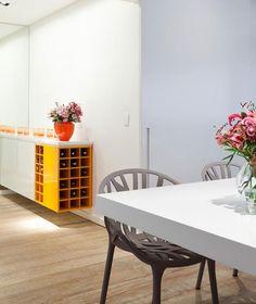Fun and Harmonious Interior Decor small loft interior decor4
