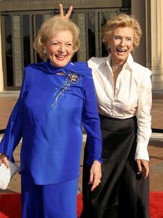 cloris-leachman-and-betty-white
