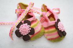 Baby Booties great baby shower gift by Cutipiethis on Etsy, $24.95