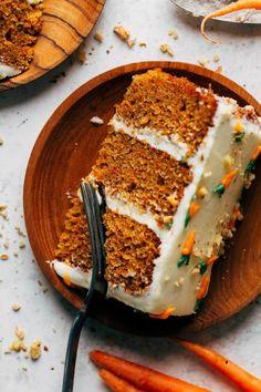 Moist Carrot Cakes, Best Carrot Cake, Homemade Desserts, Easy Desserts, Dessert Recipes, Breakfast Cake, Sweet Breakfast, Super Easy Dessert Recipe, Lime Cake