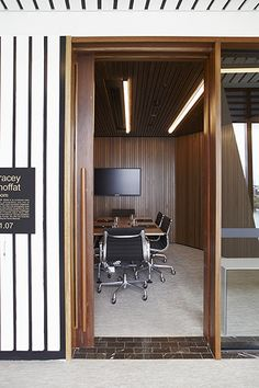 HASSELL | Projects - Gadens Lawyers