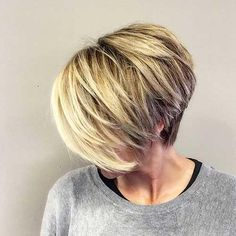 28 Short Haircut Color Ideas For 2019 , Here are 28 short haircuts and color ideas for 2019 these haircuts that you can find below. All you need is to check them and choose which one you lik... , Hair Color Super Short Hair, Short Hair Long Bangs, Haircut And Color, Hair Affair, Short Hair Cuts For Women, Short Cuts, Hair Painting, Great Hair, Hair Today