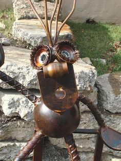 """""""Sittn' on top of the. Recycled Metal Art, Scrap Metal Art, Recycled Materials, Metal Art Projects, Welding Projects, Nice Art, Cool Art, Tin Men, Welded Art"""