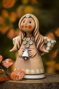 Andělé | Lesní ateliér Kuba Clay Wall Art, Clay Art, Clay Candle Holders, Clay Angel, Pottery Angels, Handmade Angels, Ceramic Angels, Angel Crafts, Art Drawings Sketches Simple