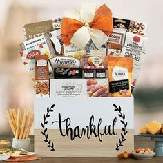 Thanksgiving Gift Baskets - Thanksgiving Basket Holiday Gift Baskets, Holiday Gifts, Thanksgiving Gifts, Thankful, Gift Wrapping, Snacks, Free Shipping, Xmas Gifts, Gift Wrapping Paper
