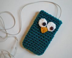 Owl Cozy, iPod iPhone cozy, sleeve, case, cell phone, teal, 2 buttons, crochet