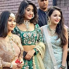 Beautiful and gourges actress  Shivangi Joshi ❤ shrenu parikh ❤ Krishna mukherji ❤