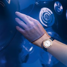 For those who never stop searching for new and exciting forms of self-expression. Discover the Piaget Possession Bucherer BLUE. Rolex Watches, Searching, Blue, Stuff To Buy, Accessories, Search