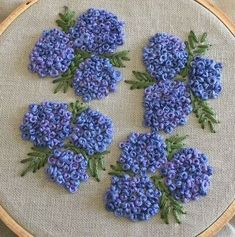 silk ribbon embroidery designs and techniques French Knot Embroidery, Embroidery Hoop Crafts, Hand Embroidery Videos, Embroidery Stitches Tutorial, Embroidery Flowers Pattern, Silk Ribbon Embroidery, Crewel Embroidery, Hand Embroidery Designs, Vintage Embroidery