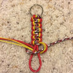 paracord projects | Key ring