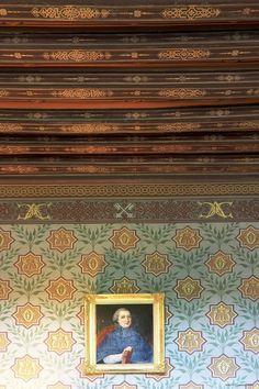 Ancy-le-Franc: Le SALON DES DAUPHINS-