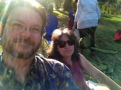 An evening in the park, an evening at the theater – End of the Day for August 7, 2014