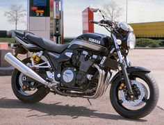 yamaha xjr 1300 2012 fotos y especificaciones técnicas, ref: Yamaha Motorcycles, Cars And Motorcycles, Xjr 1300, Road Bikes, Motorbikes, Muscle, Vehicles, Bikers, Aircraft