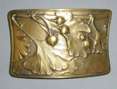 My art nouveau box with ginkgo leaves – 19th | Rubell's Antiques