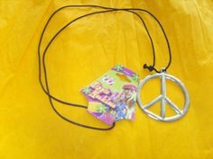 "nice       £4.09  Hippie Medallion Metal Accessory for Boot Fancy DressSILVER COLOUR METAL PEACH PENDANTPENDANT MEASURES APPROX 2.5"" (7cm) DIAMET...  Check more at http://fisheyepix.co.uk/shop/hippie-medallion-metal-accessory-for-boot-fancy-dress/"